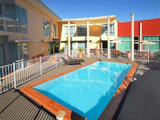 Lynton Lodge Motel