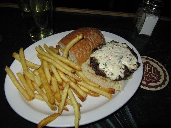 Deadwood Loading Dock Lucnhroom: Jalepino Cream Cheese Burger ... Yum Yum