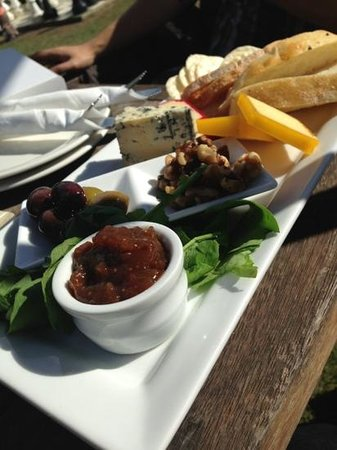 Wild on Waiheke: cheese platter