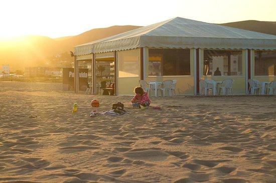 Apartamentos Marfina: пляж и кафе в 100 метрах от отеля