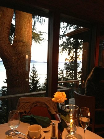 Oyster Bar on Chuckanut Drive: Sunset........