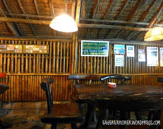 El Nido, แคลิฟอร์เนีย: Inside the restaurant