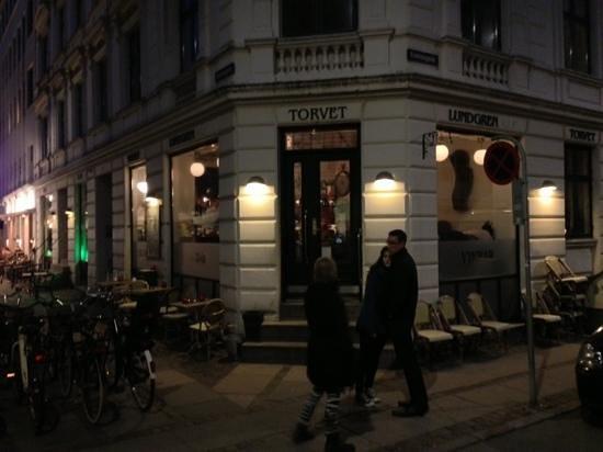 Photo of Modern European Restaurant Vinbar Lundgren Torvet at Svendsgade 1, Copenhagen, Denmark