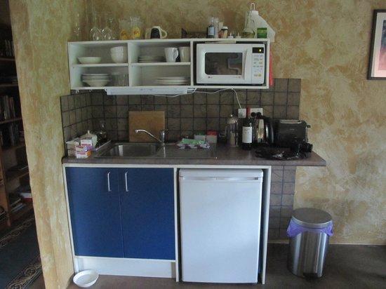Milton Country Cottages: Kitchen
