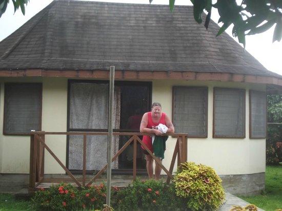 The Savaiian Hotel: samoan fale
