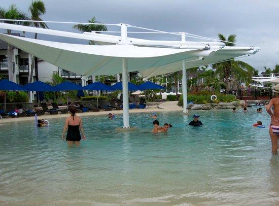 Radisson Blu Resort Fiji Denarau Island: pool