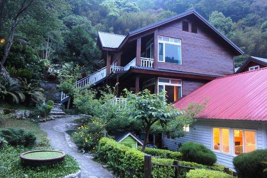Fuyam Tourist Home: Fuyum Tourist Home