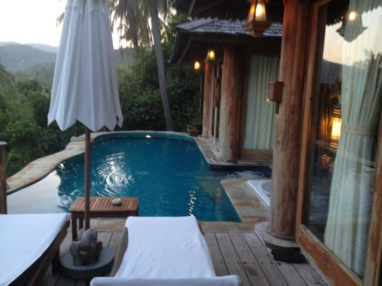 Santhiya Koh Phangan Resort & Spa: our villa terrace..with sea,this is the one on their web site