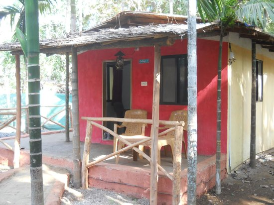 Rainbow cottages updated 2018 prices lodge reviews - Resorts in diveagar with swimming pool ...