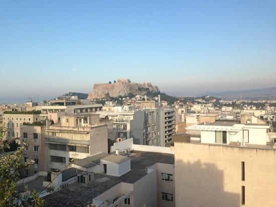 Amalia Hotel: vue de la terrasse au 7eme étage