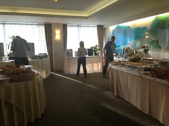 Amalia Hotel: petit déjeuner