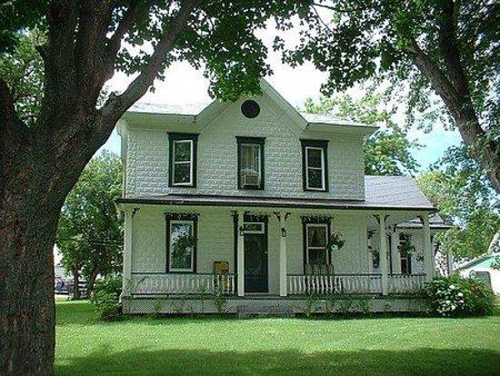 la maison des leclerc trois rivieres canada voir les tarifs et avis pension de famille. Black Bedroom Furniture Sets. Home Design Ideas