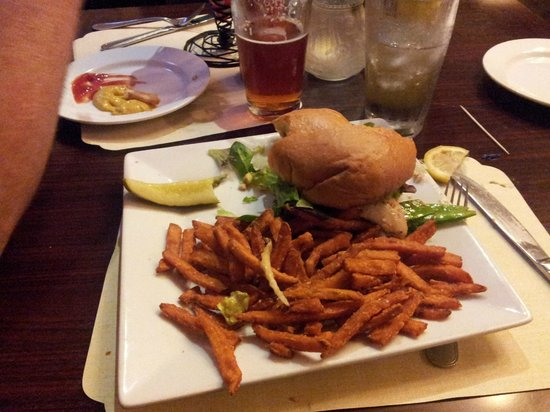 Solvang Brewing Company: Turkey burger with sweet potato fries- yummy