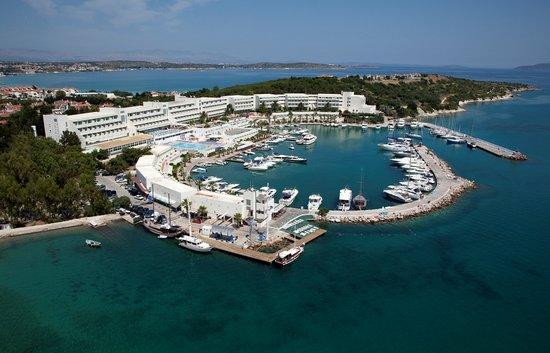 Altin Yunus Resort & Thermal Hotel: getlstd_property_photo