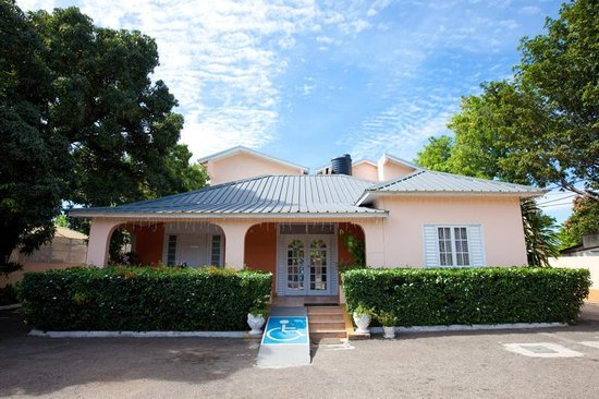 Cheap Bed And Breakfast In Kingston Jamaica
