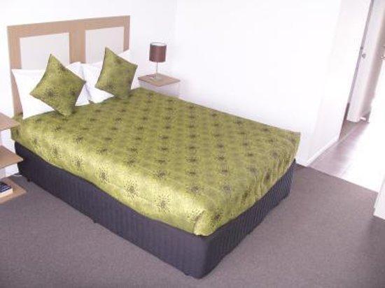 Mornington Inn: Double Room Queen Bed