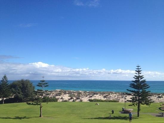 Beach Manor Bed and Breakfast Perth: View from Indian Ocean suite