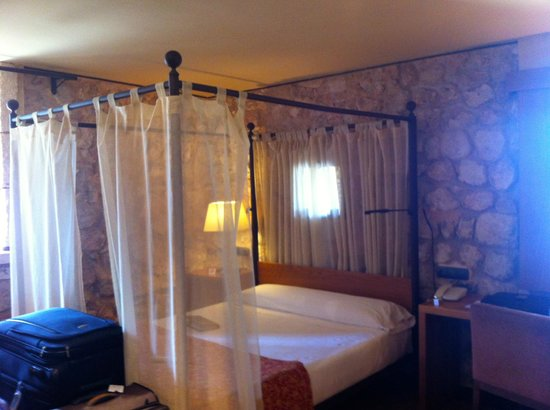 Parador de Alarcon : our superior room