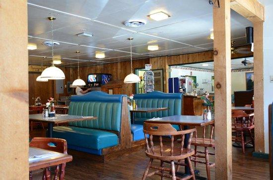 Buck Meadows Restaurant and Bar : Ambiente retrò .... molto carino