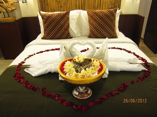 Tigadis Villa: Honeymoon roon set up