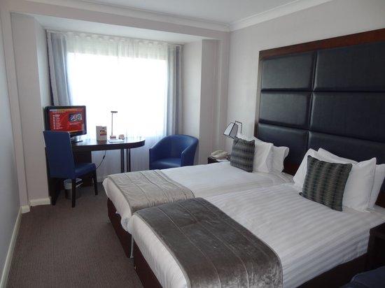 Mercure London Kensington: Twin beds