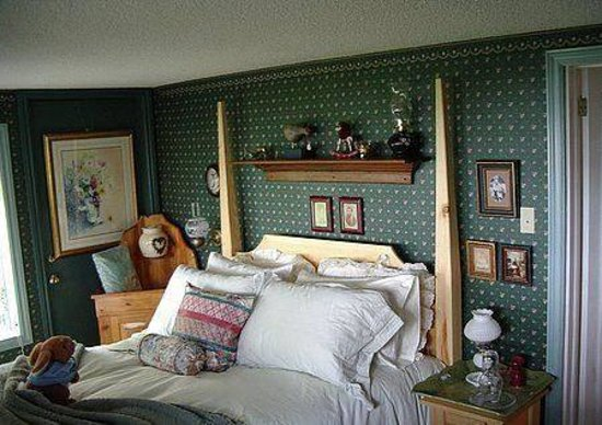 The Coach House Gallery Bed Breakfast Port Perry On