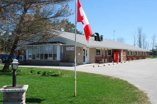 Shenstone motor inn updated 2016 hotel reviews wiarton for Ontario motor inn ontario ca