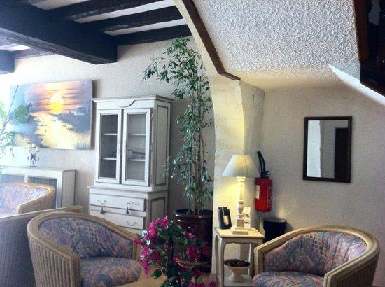 Room layout bild fr n hotel porte de camargue arles - Hotel porte de camargue arles provence ...