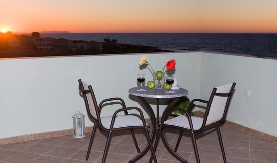 Hotel Panormo Beach: ROOF GARDEN VIEW