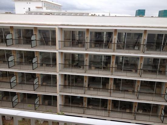 BQ Apolo Hotel : Blick aus Zimmer 323