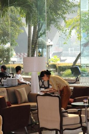 Shangri-La Hotel,Bangkok: peaceful and relaxing