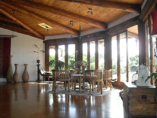 Manawa Ridge: Just part of the huge main living room / dining room