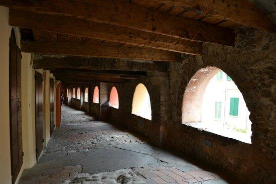 Rocca di Brisighella: Via degli asini- via più antica di Brisighella