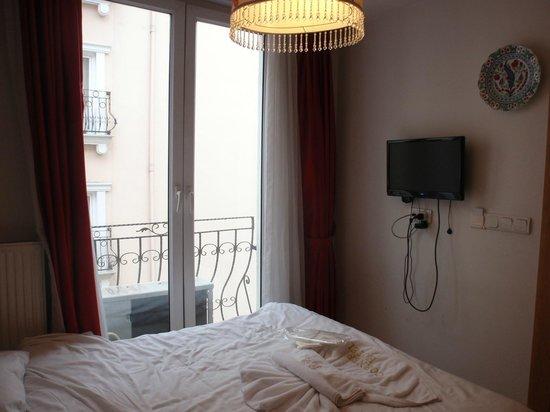 Gulhane Corner Hotel : Window