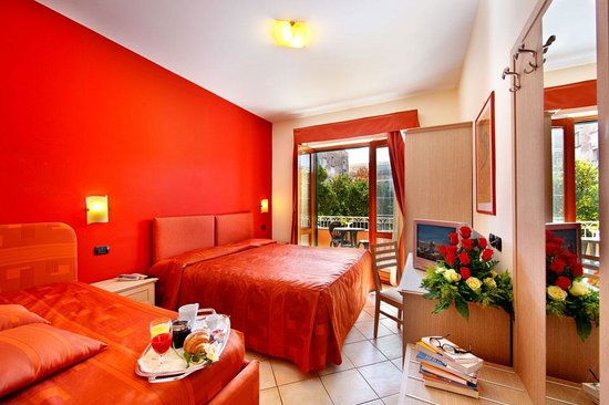 Sorrento House Bed & Breakfast