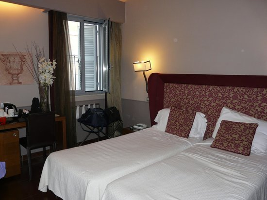 Condotti Hotel: Twin beds