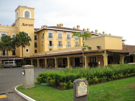 Costa Rica Marriott Hotel San Jose: Front of Hotel