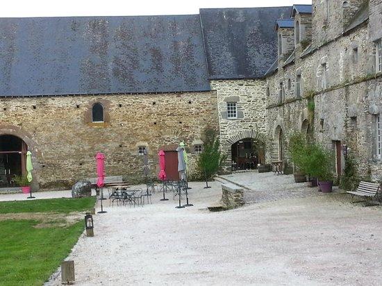 Hotel Restaurants du Chateau d'Agneaux : restaurant