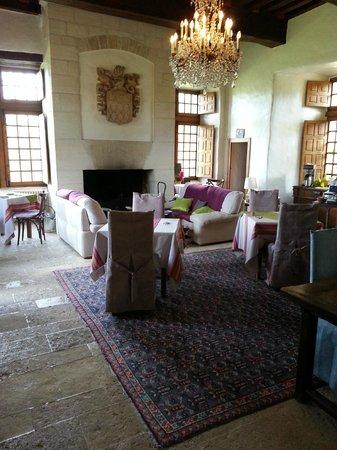 Hotel Restaurants du Chateau d'Agneaux : salon de repos et salle petit déjeuner