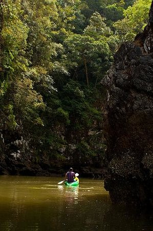 Phranang Full Moon Kayaking: Leading us through the Canyon