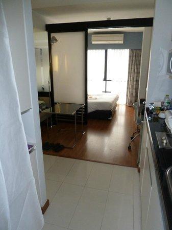 Citadines Sukhumvit 11 Bangkok: Nice clean spacious room