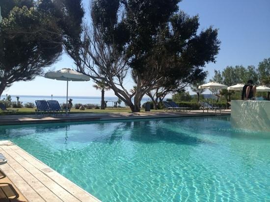 Blue Sea Beach Resort: piscine