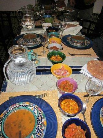 Riad Laayoun: Repas