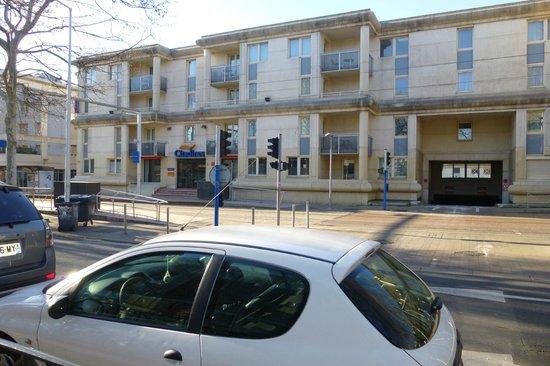 โรงแรมซิตาดีนส์ มงต์แปลลิเย่ อองติโกน: Frente del hotel