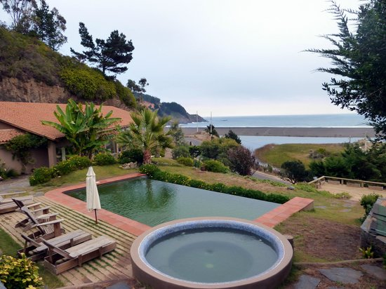 Buchupureo, Chile: Great Jacuzzi and Pool with view to the Ocean
