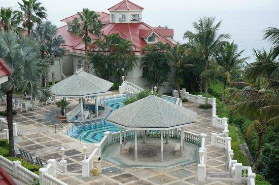Hualien FarGlory Hotel: 室外泳池