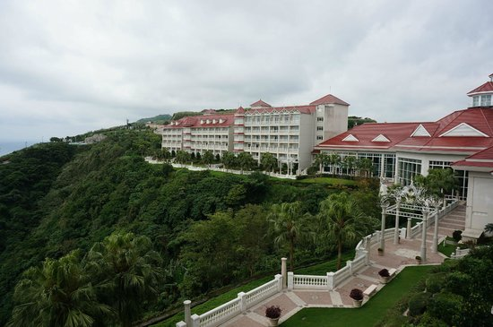 Hualien FarGlory Hotel: 窗外景觀