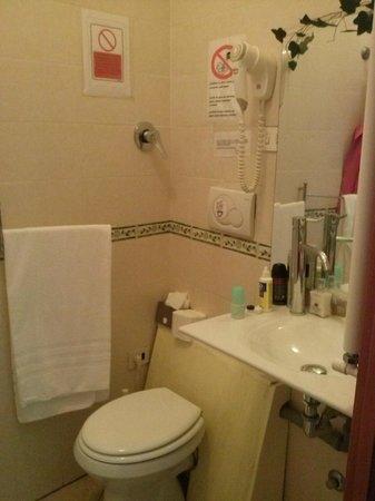 B&B Gerbera Roma: bagno