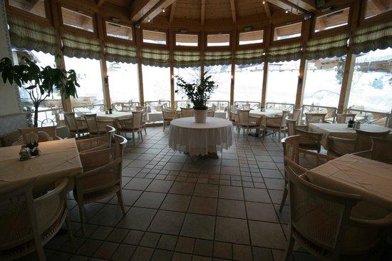 Bauernhof Hotel Oberschwarzach: Lunch area