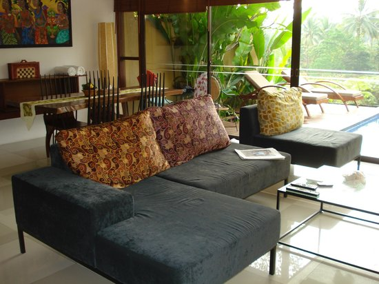 Ubud Green: living room